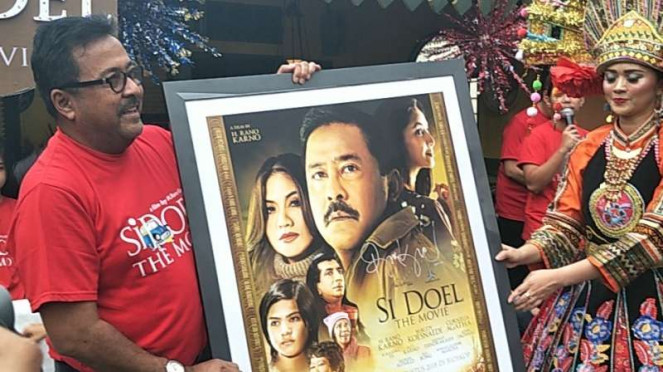 Rano Karno untuk Film Si Doel The Movie