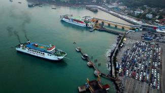 Ilustrasi Pelabuhan Merak