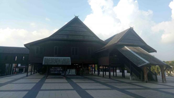 Balla Lompoa, rekonstruksi dari istana Kerajaan Gowa