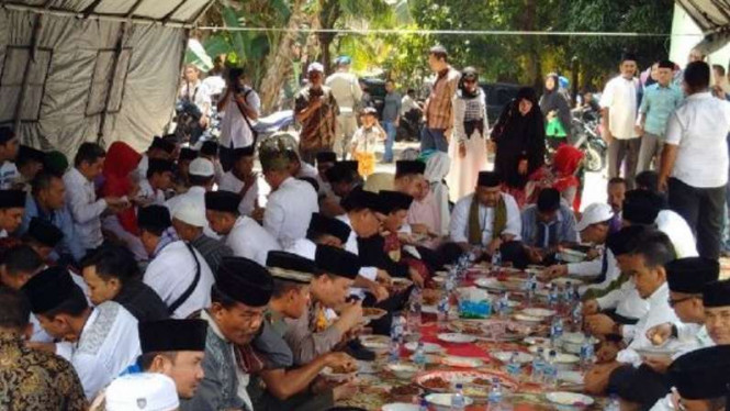 Tradisi Hari Raya Enam atau Aghi Yayo Onam