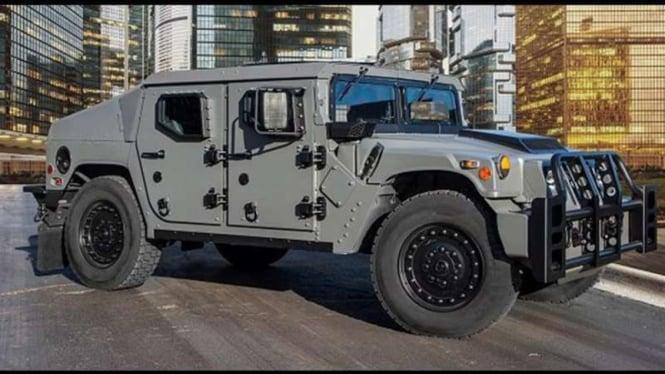 Waktu Terakhir Untuk Bersinar Mobil Hummer H1