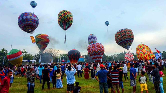 Tradisi Balon Udara