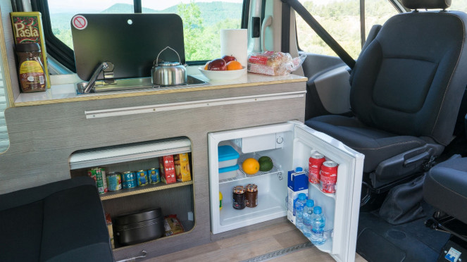 Interior Nissan e-NV200 Camper