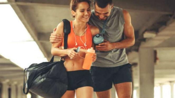 Ilustrasi berolahraga bersama pasangan