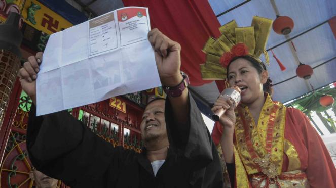 Penghitungan suara Pilkada Serentak 2018 di Bandung, Jawa Barat