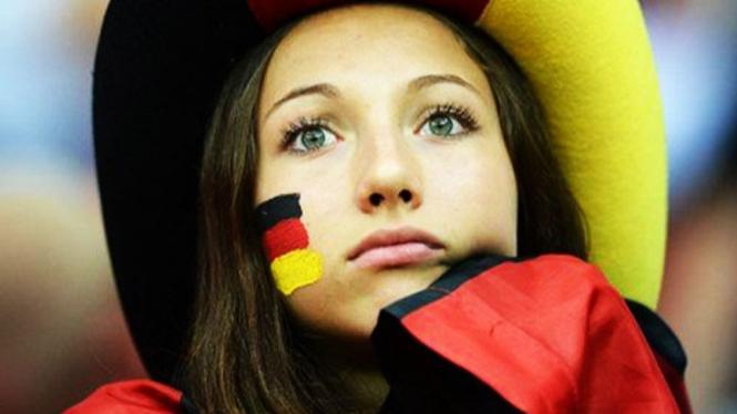 Ilustrasi fans sepak bola.
