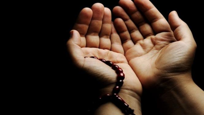 ilustrasi berdoa.