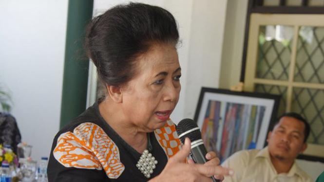 Anggota Komisi X DPR RI Popong Otje Djundjunan