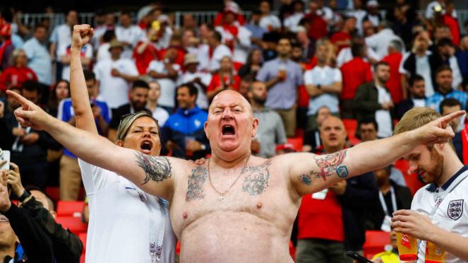 Tato Hooligan, suporter timnas Inggris di Piala Dunia 2018