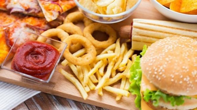 Makanan junkfood.