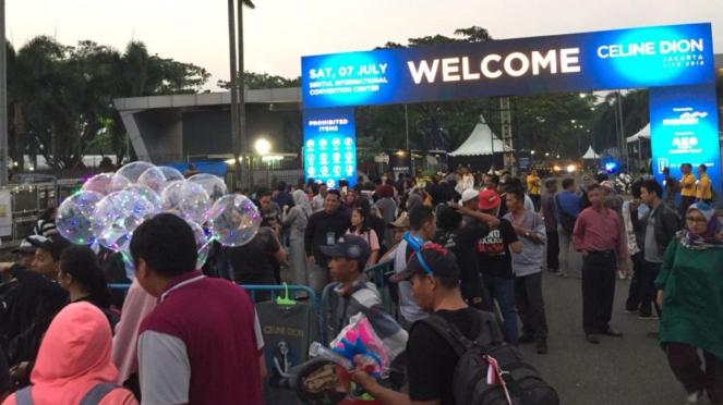 Suasana jelang konser Celine Dion di Sentul International Convention Center