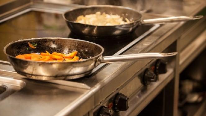 Ilustrasi peralatan masak