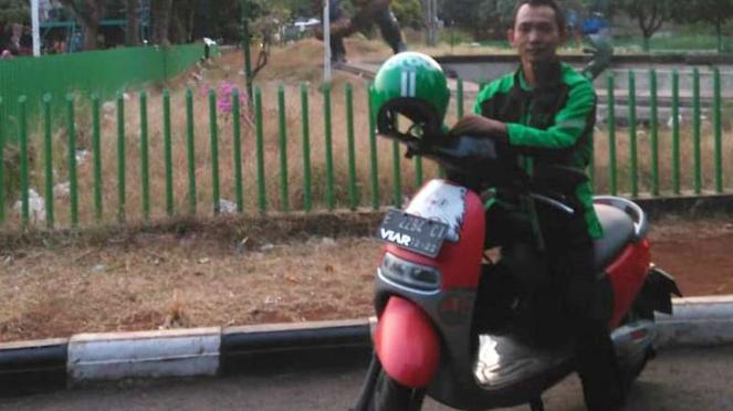 Driver Grab pakai motor listrik Viar Q1