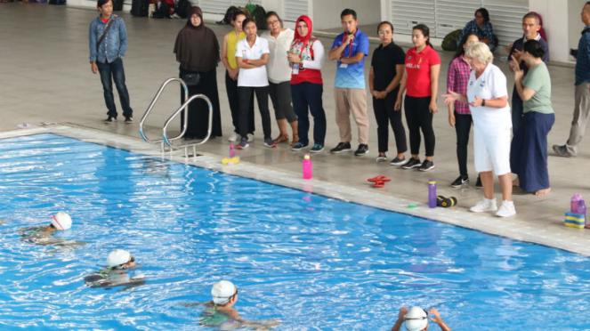 FINA Artistic Swimming for Coaches