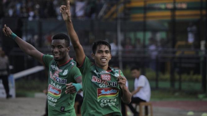 Pemain PSMS Medan, Frets Butuan