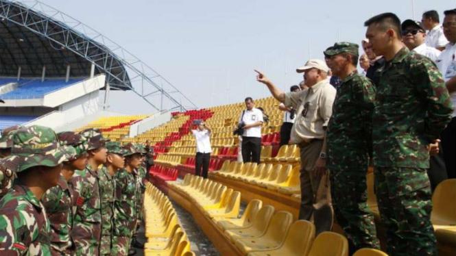 Gubernur Sumsel Alex Noerdin di Stadion Gelora Sriwijaya Jakabaring Palembang