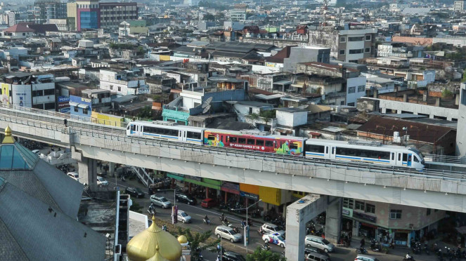 Light Rail Transit (LRT) di Palembang.