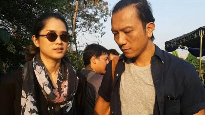 Prisia Nasution dan teuku Rifnu Wikana