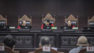 Mahkamah Konstitusi menggelar sidang pengujian UU di ruang sidang MK