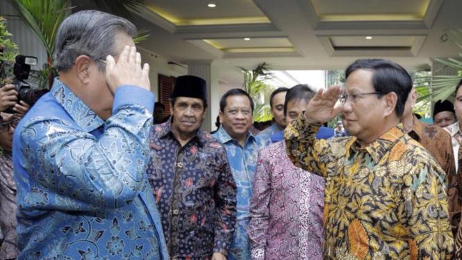 Pertemuan SBY dan Prabowo Subianto di kawasan Kertanegara, Jakarta Selatan