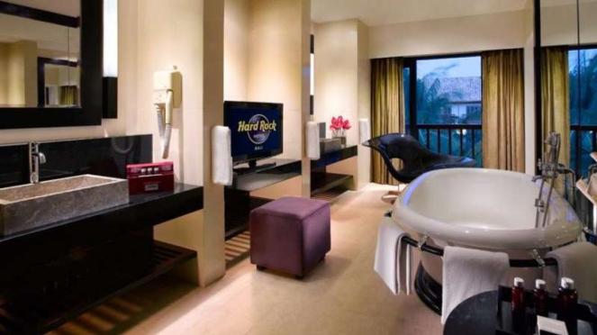 King Suite Bathroom Hard Rock Hotel Bali