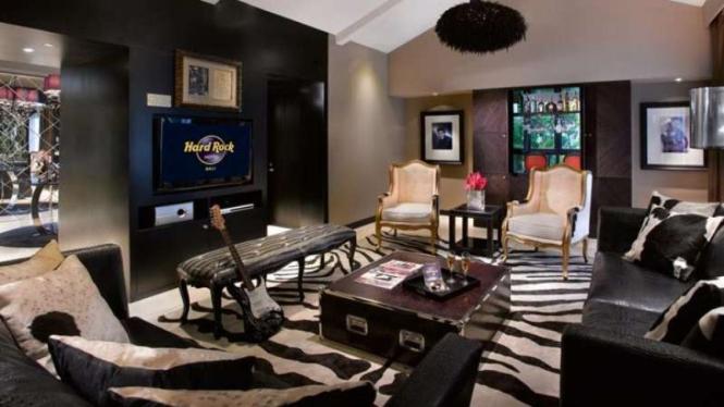 King Suite Living Room Hard Rock Hotel Bali