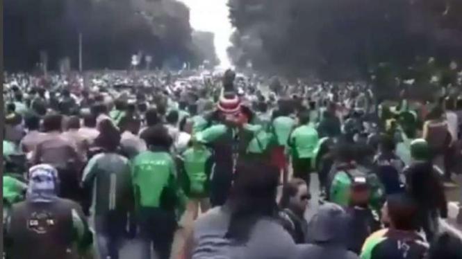 Demo pengemudi ojek online di Jakarta.