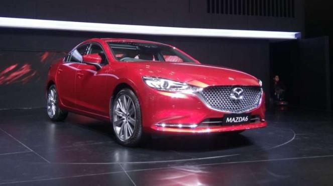 Mazda6 Elite Estate meluncur secara resmi di GIIAS 2018.