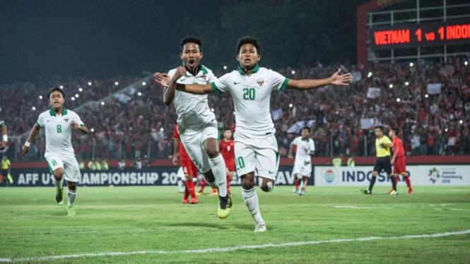 Pemain Timnas Indonesia U-16 saat melawan Vietnam