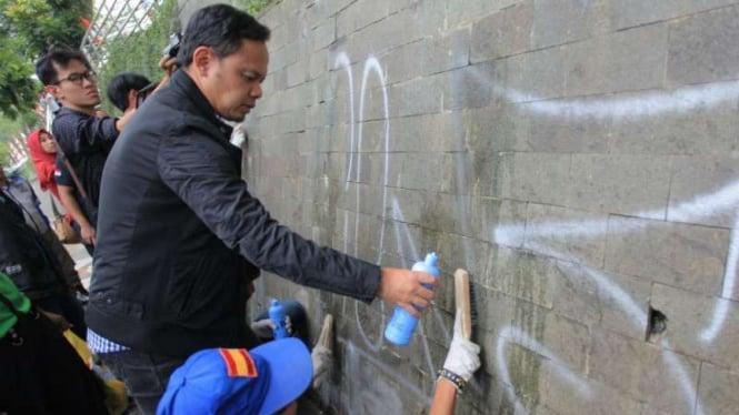 Menata Kota, Wali Kota Bogor Pamer Foto 10 Years Challenge