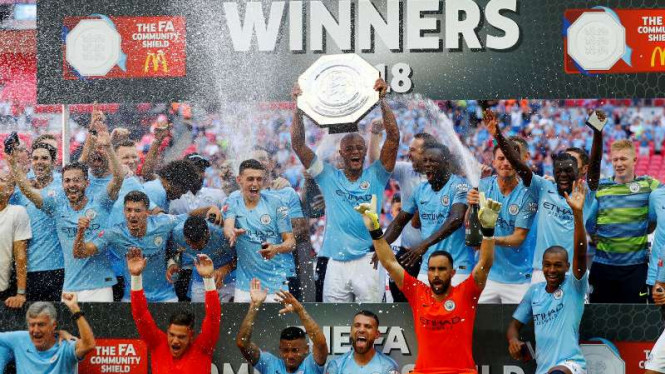 Manchester City juara Community Shield.