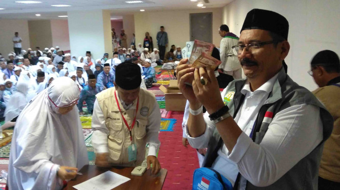 Pembagian dana wakaf untuk jemaah haji Indonesia asal Aceh