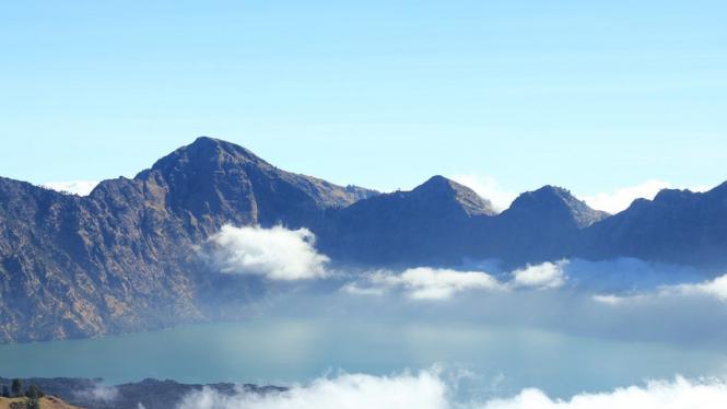 Gunung Rinjani.