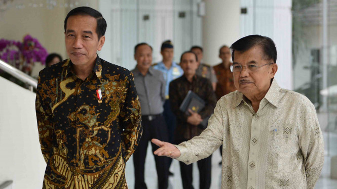 Pertemuan Presiden Joko Widodo (kiri) dan Wakil Presiden Jusuf Kalla (kanan)