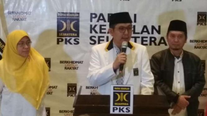PKS Tetap usaha Salim Segaf menjadi pendamping Prabowo di Pilpres 2019.