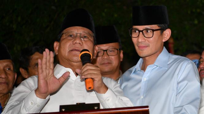 Ketua Umum Partai Gerindra Prabowo Subianto didampingi Sandiaga Uno.