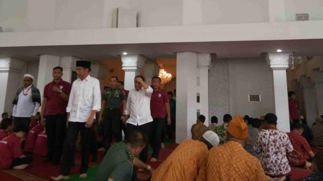 Presiden Jokowi dan JK gelar Salat Gaib untuk korban gempa Lombok.