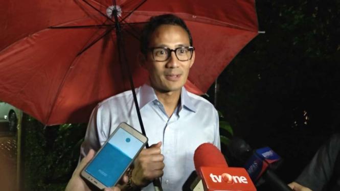 Sandiaga Salahudin Uno akui beratnya turun tiga kilogram.