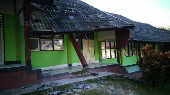 Kondisi bangunan salah satu sekolah setelah gempa Lombok