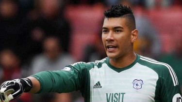Kiper Cardiff City, Neil Etheridge