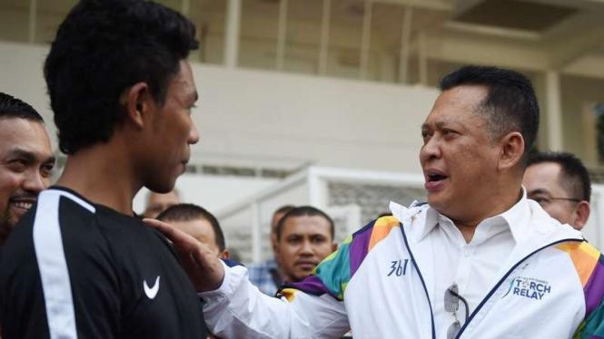 Ketua DPR Bambang Soesatyo saat tinjau venue Asian Games 2018 di Jakarta.