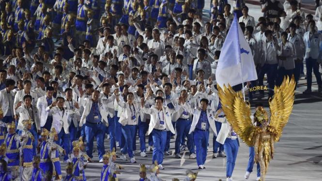 Defile kontingen Unifikasi Korea di pembukaan Asian Games 2018.