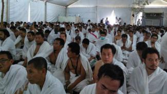Jemaah haji RI jelang khotbah wukuf di Arafah