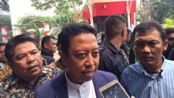 Ketua Umum PPP, Romahurmuziy atau Rommy, di kantor KPK, Jakarta.