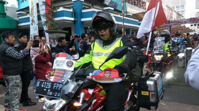 Gunadi, biker Indonesia yang keliling dunia