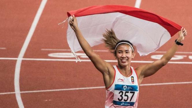 Emilia Nova saat meraih medali perak Asian Games 2018