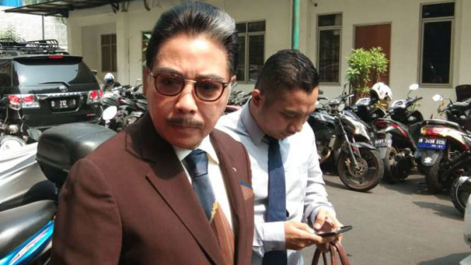 Pengacara Hotma Sitompul mengajukan rehabilitasi untuk Richard Muljadi.