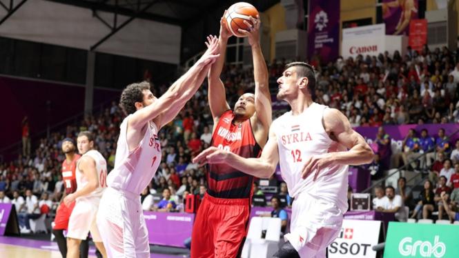Pertandingan Timnas basket putra Indonesia melawan Suriah