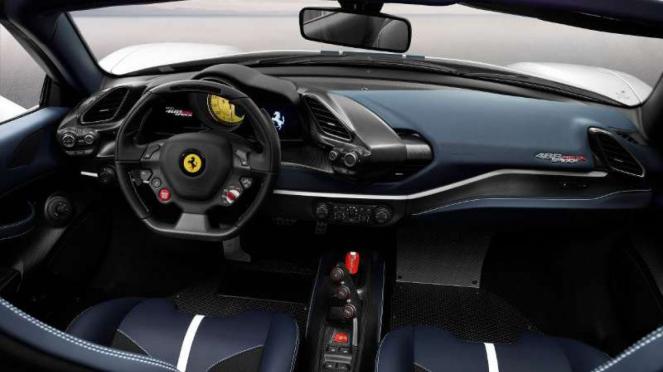 Ferrari Pista Spider