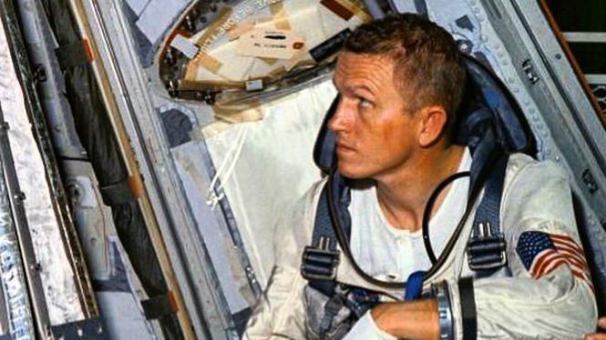 Frank Borman, manusia pertama yang mengorbit Bulan